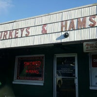 Photo taken at Burge's Hickory Smoked Turkeys And Hams by Fitz D. on 6/24/2016