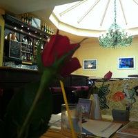 Das Foto wurde bei Cafe Voila von Jef K. am 10/13/2012 aufgenommen