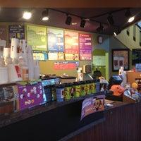 รูปภาพถ่ายที่ Biggby Coffee โดย Joe T. เมื่อ 10/28/2012