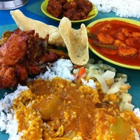 Photo taken at Kanna Curry House by Lorraine L. on 1/7/2013