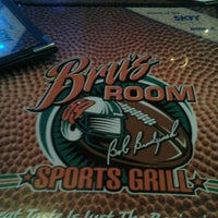 Photo taken at Bru's Room Sports Grill - Coconut Creek by Pedro M. on 11/3/2012