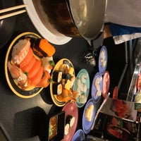 Photo taken at Shabushi by Fiaterlass on 1/5/2017
