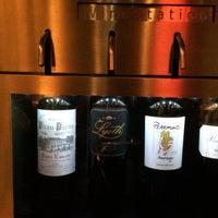 Das Foto wurde bei Parallel Wine Bistro von D T. am 8/4/2015 aufgenommen