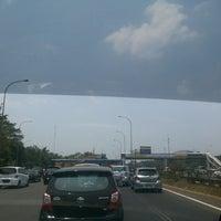 Photo taken at Gerbang Tol Cibubur 1 by Ari W. on 9/28/2014