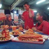 Photo taken at Burger Boy,Penanti by Zaman on 12/17/2013