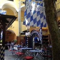 Das Foto wurde bei Hofbräu zum Lindwurm von Stefan O. am 6/3/2014 aufgenommen