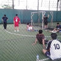 Photo taken at Indoor Futsal Taman Sari Persada by Risma Y. on 5/25/2013