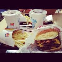 Photo taken at Burger King by Ricardo Y. on 9/23/2012