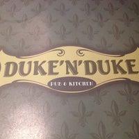 Foto tirada no(a) Duke'n'Duke por Lucia A. em 10/21/2014