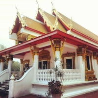 Photo taken at Wat Mongkolratanaram Buddhist Temple by 매운 여자 Coty R. on 12/9/2012