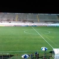 Foto tirada no(a) Estádio Romildo Vitor Gomes Ferreira por Luciano N. em 10/2/2013