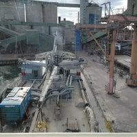 Foto diambil di Slite Industrihamn oleh Thomas A. pada 7/19/2013