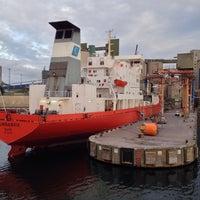 Foto diambil di Slite Industrihamn oleh Thomas A. pada 8/30/2014