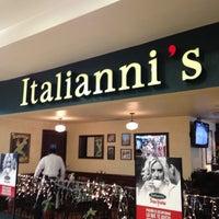 Photo taken at Italianni's Pasta, Pizza & Vino by Angel E. on 12/28/2012