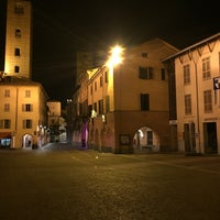 Photo taken at Piazza Duomo by Osbaldo F. on 10/5/2016