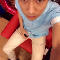 Photo taken at Domino's Pizza Khánh Hội by Ree T. on 2/16/2014