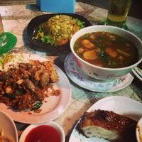 Photo taken at ร้านอาหารตาชั่งอีสาน-ใต้(สนามบิน) by Imook Z. on 7/6/2013