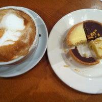 รูปภาพถ่ายที่ Costa Coffee โดย Janine S. เมื่อ 3/8/2013