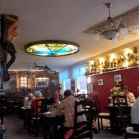 Photo taken at Kelch's Fischrestaurant by Thomas R. on 9/7/2014