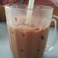 Photo taken at Restoran Farah Maju & Catering by Murniwati C. on 1/10/2013