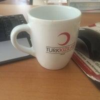 Photo taken at Kızılay Kan Bağışı Merkezi by Yeliz D. on 4/8/2016