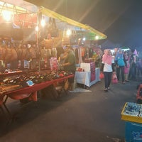 Photo taken at Pasar Malam Port Dickson by rey on 2/4/2017