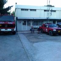 Снимок сделан в ΟΕΔΔ - Ομάδα Εθελοντών Δασοπυροσβεστών Διασωστών пользователем Petros F. 8/5/2013