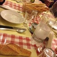 11/17/2012 tarihinde Sabrinaziyaretçi tarafından Osteria Fratelli Lo Bianco'de çekilen fotoğraf