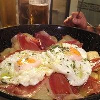 Foto tomada en Restaurante Los Manueles por Diego Marfil el 2/14/2013