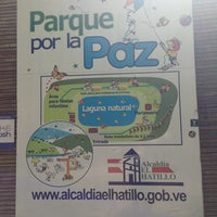 Photo taken at Parque Por La Paz by Mariagab B. on 6/1/2013
