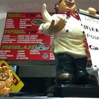 Photo taken at Maritza's Restaurant by ♚♤F̲̅a̲̅L̲̅s̲̅O̲̅e̲̅♤♚̲ L. on 12/2/2012
