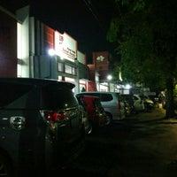 Photo taken at Indah Bordir by Siti R. on 4/8/2017