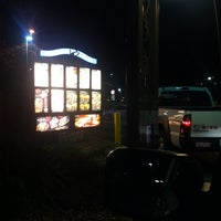 Photo taken at Taco Bell by Spencer D. on 8/18/2014