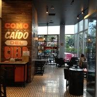Foto tomada en Cielito Querido Café por Едуардо Х. el 8/20/2013