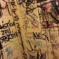12/8/2012 tarihinde Jimmy C.ziyaretçi tarafından El Cerveza'de çekilen fotoğraf