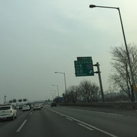 Photo taken at 서운분기점 by Bruce S. on 3/12/2017