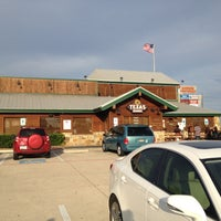 Photo taken at Texas Roadhouse by Dat L. on 6/9/2013