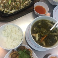 Photo taken at ข้าวต้มอ้วนผอม สาขาราชพฤกษ์ by Fonn *. on 7/4/2015