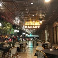 Foto tirada no(a) Market on Houston-Sheraton Gunter Hotel por Saul E. em 12/3/2017
