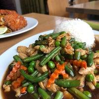 Das Foto wurde bei Pi-Nong Authentische Thai-Küche von Kim L. am 4/5/2018 aufgenommen