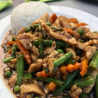 Снимок сделан в Pi-Nong Authentische Thai-Küche пользователем Kim L. 8/6/2018