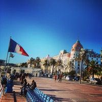 รูปภาพถ่ายที่ Promenade des Anglais โดย Pierre-Edouard B. เมื่อ 1/3/2013
