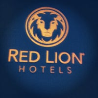 Photo taken at Red Lion Hotel Eureka by LimaR A. on 10/7/2012