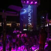 7/18/2013 tarihinde Okan K.ziyaretçi tarafından Halikarnas The Club'de çekilen fotoğraf