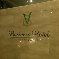 3/16/2013 tarihinde Egemen Semih S.ziyaretçi tarafından SV Business Hotel'de çekilen fotoğraf