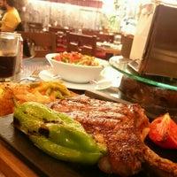 4/26/2016 tarihinde Bandder A.ziyaretçi tarafından Meat & Meet Kasap Dursun'de çekilen fotoğraf