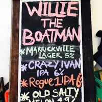 Photo taken at Willie the Boatman by Simon C. on 8/5/2017