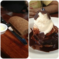 Foto tirada no(a) Outback Steakhouse por Érica M. em 12/8/2012