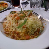 Photo taken at Tony Roma's by Viviana L. on 11/30/2012