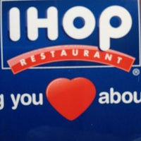 Photo taken at IHOP by Charnell Iz S. on 2/5/2013